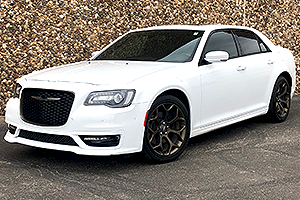 2017 Chrysler 300 V8